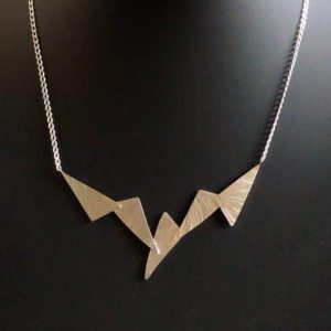 Straight Wings necklace